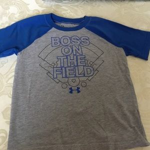 Under Armour Boys Boss on the Field Shirt.  Size 5